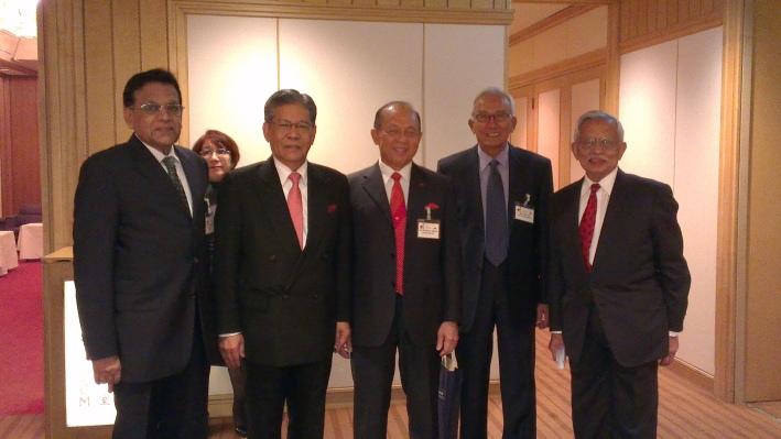 (L) Datuk Seri Mohamed Iqbal, Tan Sri Dato' Seri Lodin Wok Kamaruddin, Tan Sri Azman Hashim, Dato' Md Taib Abdul Hamid, Gen. Tan Sri Yaacob bin Mohd Zain (R)